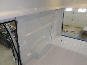 finition-interieur-toit-sureleve-ford-e-150